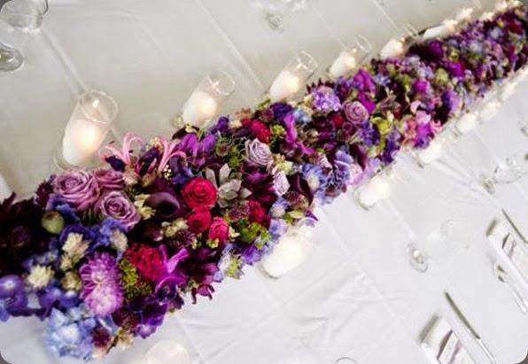 runner purple-plum-and-fushia-flower-garland-1-Françoise-Weeks
