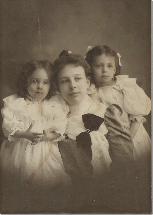 Inez Steinberger with children cropped