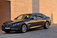 2013-BMW-7-Series-21.jpg