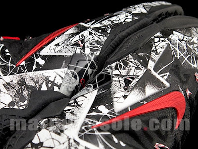 nike lebron 11 gr freegums graffiti 4 06 Coming Soon... Nike LeBron XI Graffiti (616175 100)