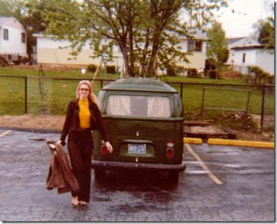 Donna&VWBus1978