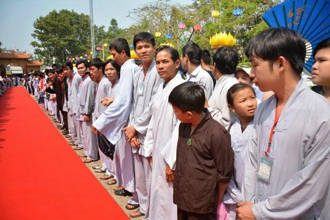 tam-tang-phap-su-thuyet-phap-chua-Hoang-Phap (1)