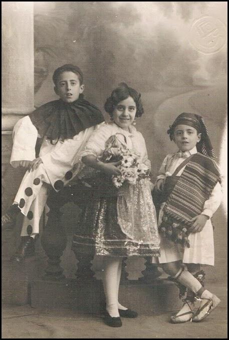 Niños del Carnaval de Valencia. 1923