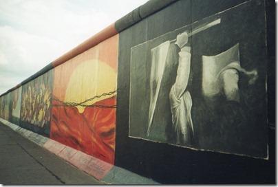 2002_07_Berlin_East Side Gallery