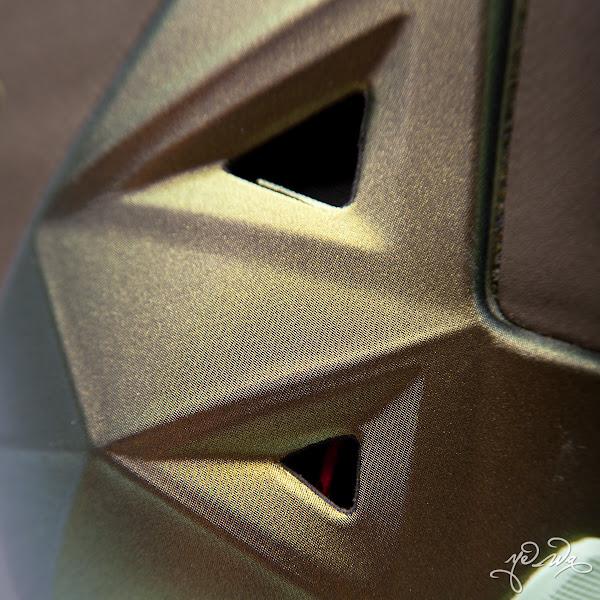Nike LeBron XI 8220King8217s Pride8221 8211 Detailed Look amp Package