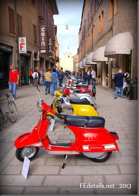 Auto storiche in centro storico 2013, Ferrara - Historic cars in the historic center, 2013, Ferrara, Italy, photo3
