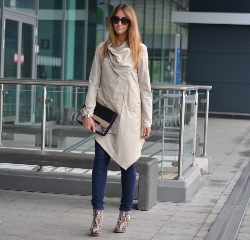 Cheap Monday, Cheap Monday Jeans, Rinascimento, trench, Stradivarius Bag, Stradivarius Clutch, Stradivarius Shoes, Valentino Sunglasses, Fashion Blogger, Italian Fashion Bloggers, Fashion Blogger Italiane, Fashion Blogger Toscane, Fashion Blogger Firenze, Outfit, Look of the Day, Street Style