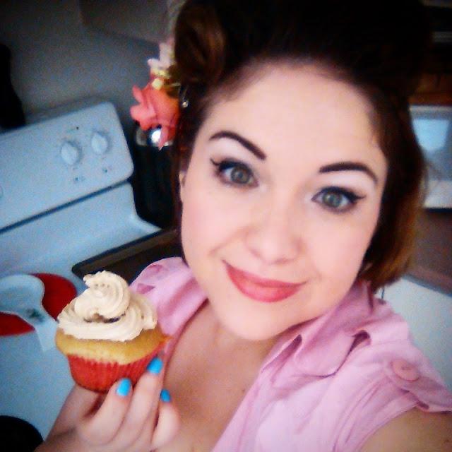 Cupcakes beurre et pacanes et son glaçage au café Keurig praline aux pacanes de Van Houtte