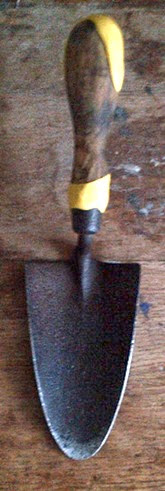 old-trowel-with-sugru1_sml