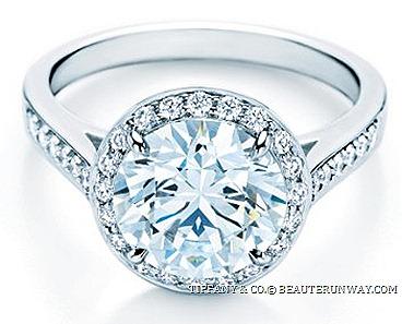 Novo Wedding Band 18 Inspirational EMBRACE DIAMOND ENAGEMENT RING