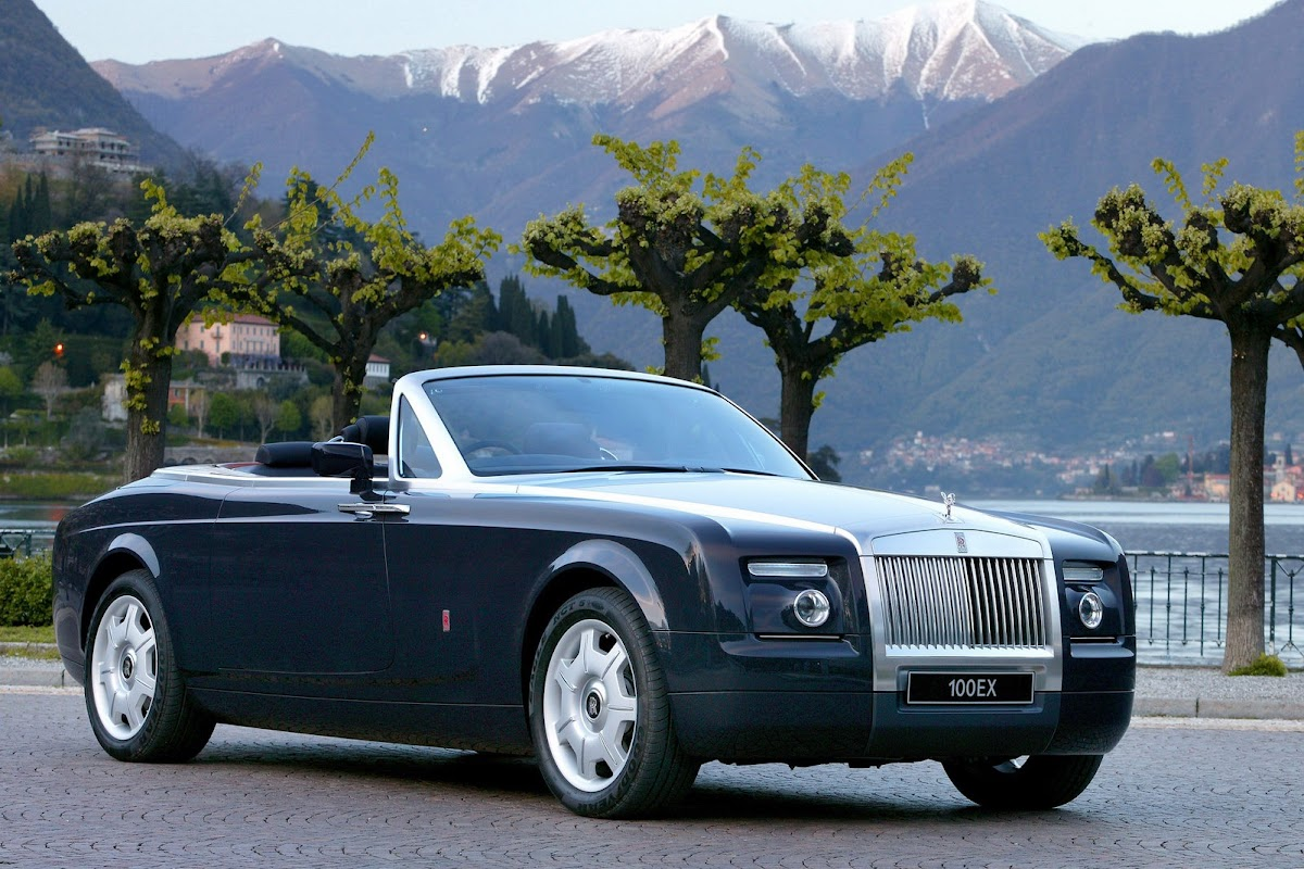 RollsRoyce Reportedly Mulling Luxury SUV and V16Powered Super