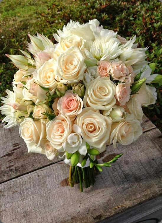 blushing bride flora organica designs 64129_10151897578810152_1563994152_n