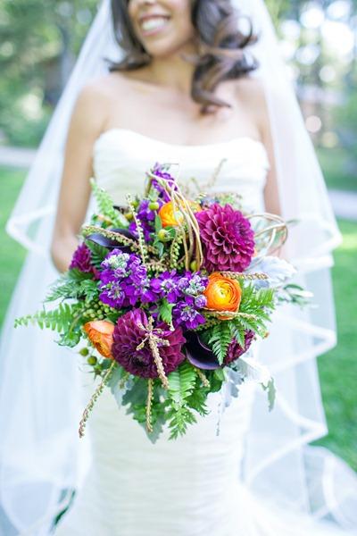 textured teardrop bouquet tyra-bleek-boston-wedding-photography