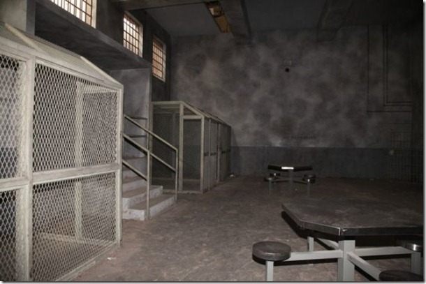 walking-dead-prison-set-28