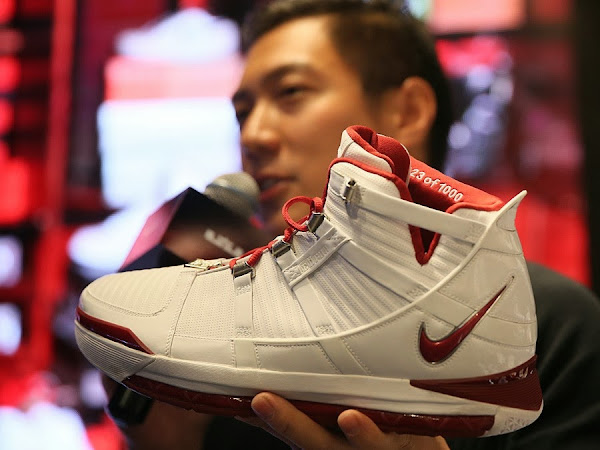 Charles Williams Wears 8220White Collection8221 Zoom LeBron III at Nike Event in Beijing