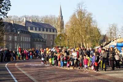 15-02-2015 Carnavalsoptocht Gemert. Foto Johan van de Laar© 015.jpg