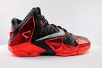 nike lebron 11 gr black red 5 12 New Photos // Nike LeBron XI Miami Heat (616175 001)