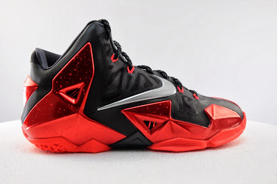 nike lebron 11 gr black red 5 12 Detailed Look at Nike LeBron XI Miami Heat Away