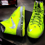 nike lebron 10 gr atomic volt dunkman 3 01 Nike, This is How We Want Our Volts! With Diamond Cut Swoosh.