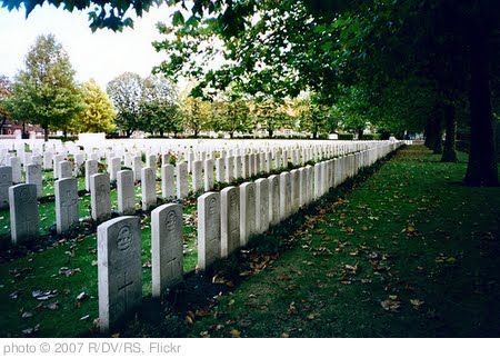 'Ypres Reservoir Commonwealth War Graves Commission cemetery' photo (c) 2007, R/DV/RS - license: http://creativecommons.org/licenses/by/2.0/