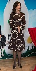 Książę Frederik i księżniczka Mary podczas oficjalnej wizyty w Hong Kongu i Pekinie 06 grudnia do 08 grudnia 2012.  Książę para uczestniczy zdarzenia żywności zorganizowany przez Arla, Pekin ... Zdjęcie: Hanne Juul / All Over Prasowym Danii.  . Nz Crown Princess Mary.  .  Ref: SPL469869 081212 Zdjęcie przez:. Wiadomości Splash.  .  Wiadomości Splash i Zdjęcia. Los Angeles. Nowy Jork. London.  (Newscom TagID: spnphotosfour189236) [Photo via Newscom]
