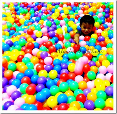 brain expo - pool ball 1