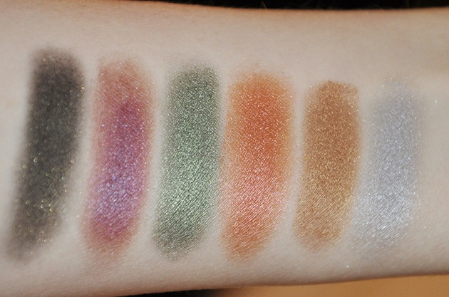 Disney Villains Designer Collection Eyeshadow Palette Makeup Beaty Swatches Natural and Flash