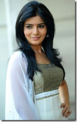 Samantha Ruth Prabhu New Stills at SVSC Movie Interview