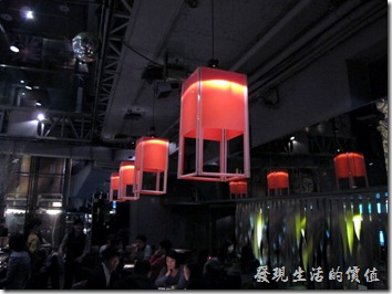 台北-三四味屋,大廳。