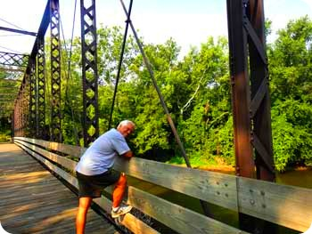 24-paul-on-bridge