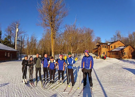 MPLS Washburn skiers at the trailhead late Friday afternoon.