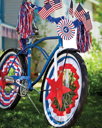 Dress up your ride using our festive clip-art medallions, spoke covers, pennants, and labels.  (http://www.marthastewart.com/photogallery/patriotic-crafts#slide_2)