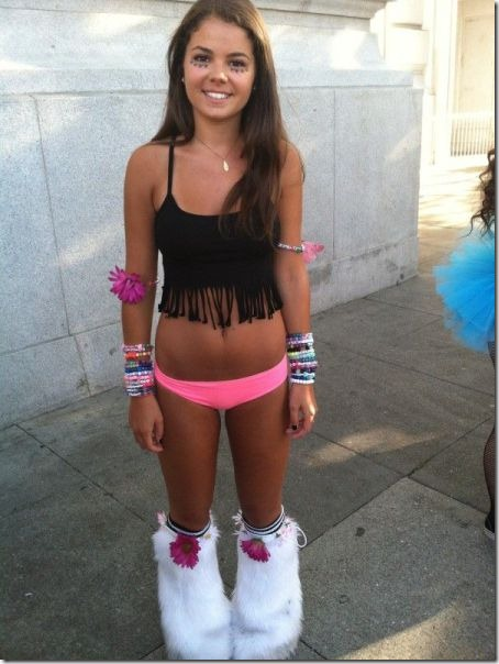 raver-girls-molly-6