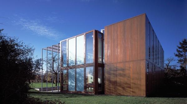 fachada-madera-y-cristal