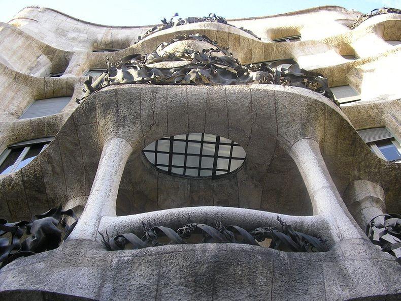 casa-mila-8