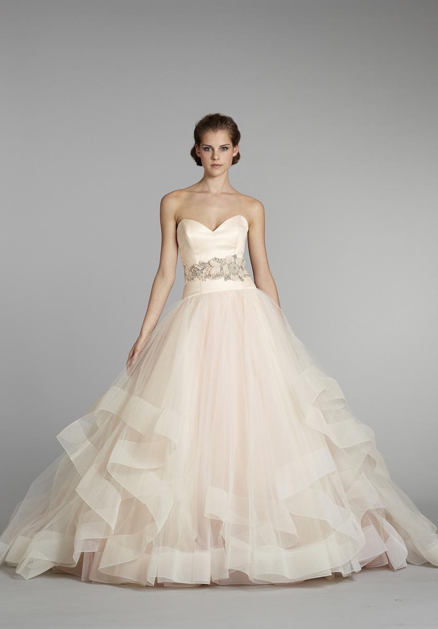robe de mariage rose poudr. Black Bedroom Furniture Sets. Home Design Ideas