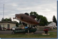 2750 Wisconsin US-2 East - Ashland - Giant Bass