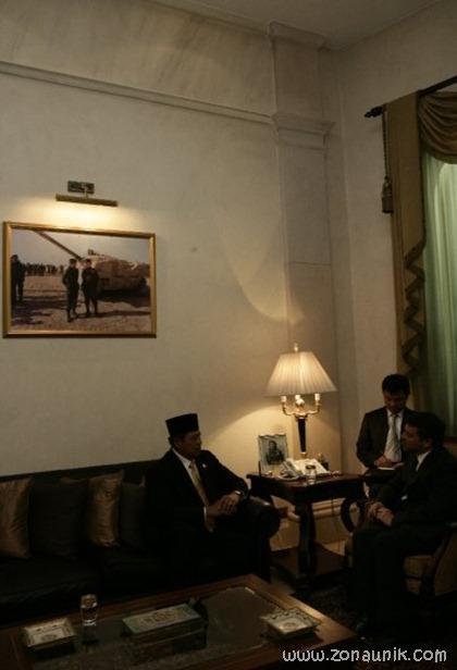 foto keseharian Presiden Indonesia Susilo Bambang Yudhoyono (7)