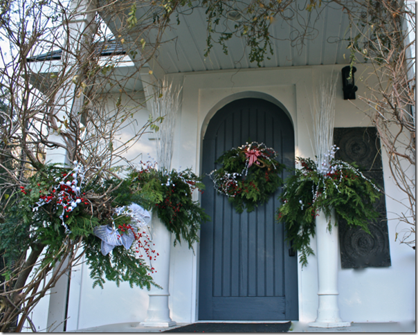 A Button Tufted Life Blog  #Christmas #Holiday # Decor #Design #Wreath #DIY