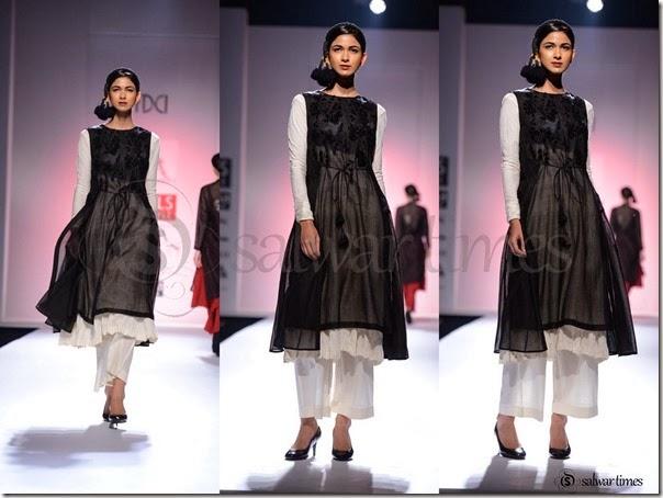 Pratima_Pandey_Black_White_Full_Sleeves_Kameez