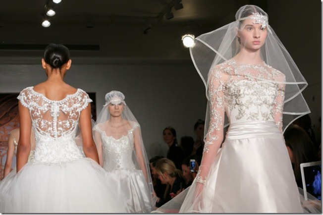 reem-acra-wedding-dress-fall-2013-bridal-statement-veil-9__full-carousel