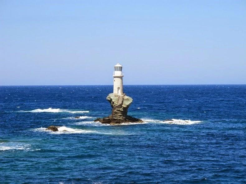 tourlitis-lighthouse-3