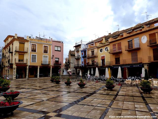 plaza-de-sant-mateu-castellon.JPG