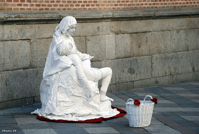 living-statues-larambla9