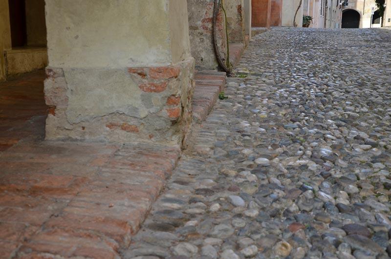 Vicolo dotti 06