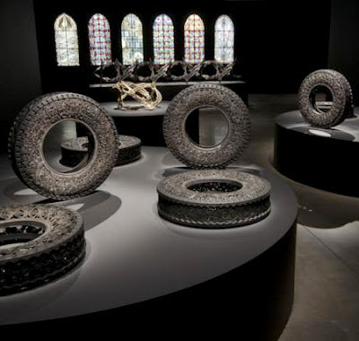 Tire Carving Art Seen On www.coolpicturegallery.us