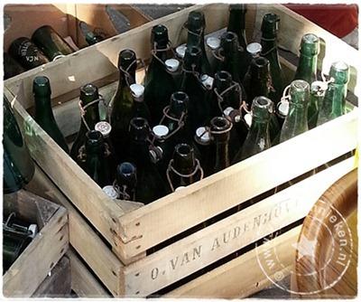 verftechnieken-brocantemarkt-flessen-02