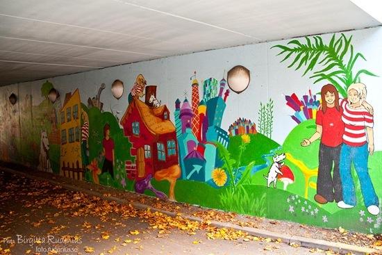 konst_20111020_tunnel1