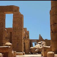 43.- Templo de Ramses II en Tebas