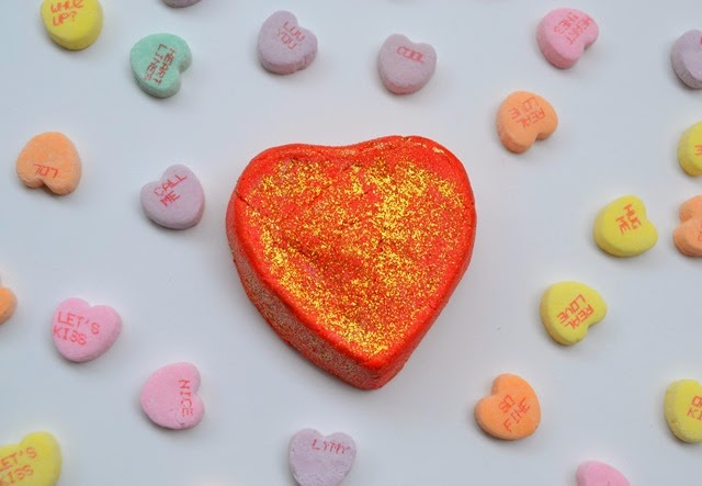 Lush Valentines Day Lonely Heart Bubble Bar Review